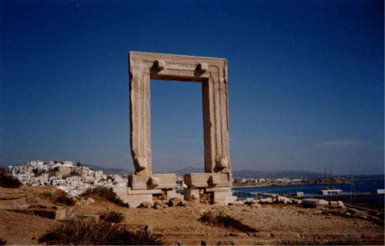 Apollon temppelin sisäänkäynti